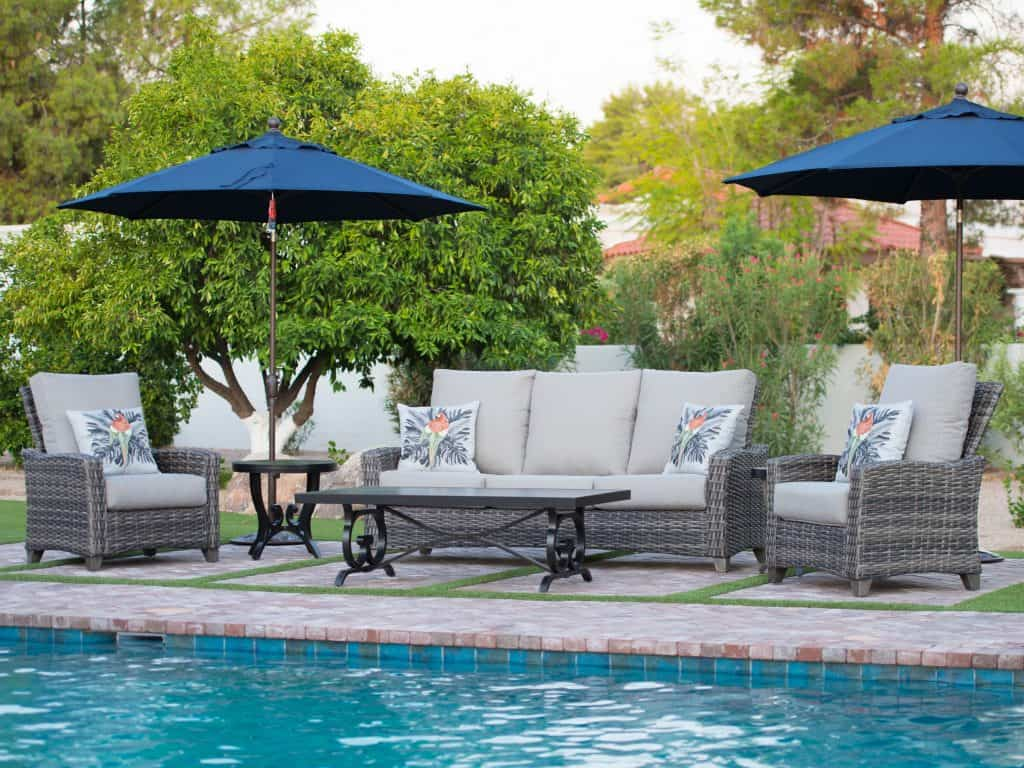 Outdoor Living: Patio Conversation Sets for Your Backyard